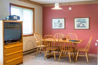 Slopeside Condo 903 Dining