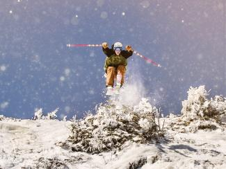 Skier_Flying